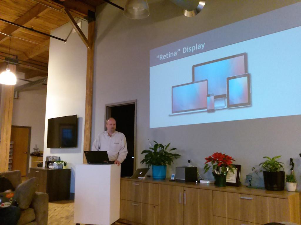 Steve Day presenting on Retina-Ready WordPress